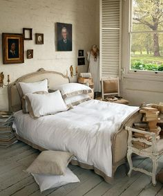1000+ images about bedroom brocante on Pinterest  French bed, Wooden ...