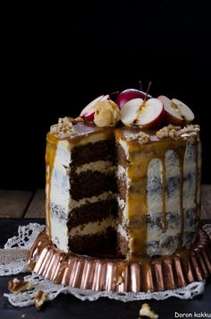 Omena-suolakinuskikakku! Tiramisu, Cake Decorating, Baking, Ethnic Recipes, Desserts, Food, Decoration, Deserts, Decorating