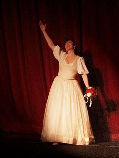 "María José Montiel /Curtain Call / ""Luisa Fernanda"" at Wiener Staatsoper Mezzo Soprano, Curtain Call, Maria Jose, Dresses, Fashion, Vestidos, Moda, Fashion Styles, Dress"