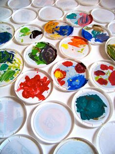 Great Recycle Idea! Use lids for paint palettes… #artists #teachers #crafters #recycle #reduce #reuse