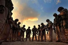 Praying soldiers - takes my breath away. Can't thank them enough or give them enough praise for what they do!!