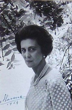 """Princess Marina (13 Dec  1906-27 Aug 1968) Greece the widow of Prince George  (1902-1942) Duke of Kent UK photo by www.joseflebovicgallery.com. She died hours after it was announced that she was ill with a brain tumor. On 27 Aug 1968 Kensington Palace issued the statement: """"Princess Marina, Duchess of Kent, died in her sleep at her home this morning"""". Her Dr's issued the  statement: """"The Princess had  been suffering for some weeks from an inoperable brain tumor""""."""