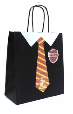 PERSONALISED-HARRY-POTTER-Party-Bags-in-Luxury-Black-Kraft-Paper