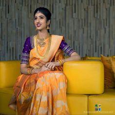 Saree Blouse Neck Designs, Bridal Blouse Designs, Blouse Patterns, Anarkali Dress Pattern, Banarasi Sarees, Silk Sarees, Half Saree Lehenga, Saree Trends, Embroidered Blouse