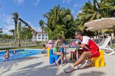 El completamente renovado Riu Palace Mexico tiene todo lo que necesitas para disfrutar de tus vacaciones en Playa del Carmen. Reserva tu estancia aquí: http://www.riu.com/es/Paises/mexico/playa-del-carmen/hotel-riu-palace-mexico/index.jsp    The completely renovated Riu Palace Mexico has everything you need to enjoy your vacations in Playa del Carmen. Book your stay here: http://www.riu.com/en/Paises/mexico/playa-del-carmen/hotel-riu-palace-mexico/index.jsp