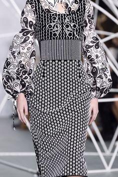 Holly Fulton   London Fashion Week   Fall 2016