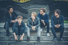 Nothing But Thieves Videopremiere mit RJ Mitte (Breaking Bad Darsteller)