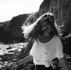 Find and save bold images of black and white. Black and white fashion and photography to collect. Best black and white food for your tastes. B&w Tumblr, Shotting Photo, Poses Photo, Insta Photo Ideas, Summer Photos, Black N White, Belle Photo, Black And White Photography, Portrait Photography