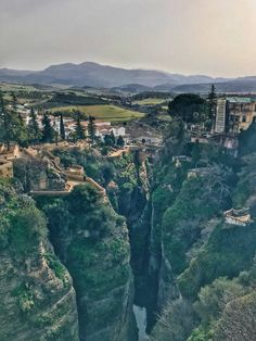 Ronda, Spain: Explore Andalucía's Largest White City In One Day | While I'm Young Cool Places To Visit, Places To Travel, Places To Go, Travel Destinations, Ronda Malaga, Backpacking Spain, Portugal, Andalucia Spain, Voyage Europe