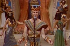 steve martin king tut, he gave his life for tourism Martin King, Steve Martin, Best Of Snl, Snl Skits, Funny People, Funny Guys, Funny Things, Funny Stuff, Comedy Tv