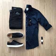 Breathtaking 35 Capsule Wardrobe Approved Outfit Grid for Men Casual Wear, Casual Outfits, Men Casual, Casual Chic, Casual Menswear, Mens Casual Shirts, Simple Outfits, Man Style Casual, Men Fashion Casual