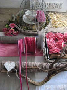 pink & mink something else Collage, Pink Brown, Plant Hanger, Blog, Plants, Home Decor, Deko, Collages, Flora