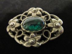 Vintage Filigree Oval Brooch Silver Toned Emerald Glass Stone Center