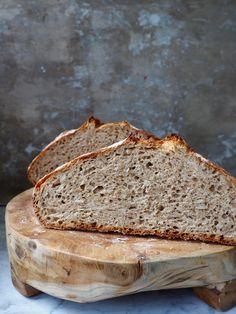 - Eltefritt Speltbrød med Solsikkefrø - no knead Spelt Bread Spelt Bread, Bacon, Food And Drink, Mat, Sweet, Candy, Pork Belly