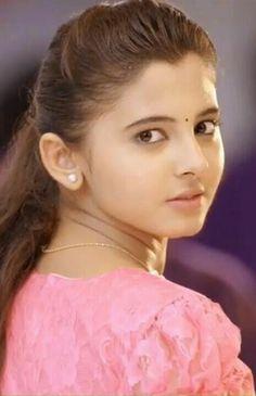 Preeti asrani Beautiful Muslim Women, Beautiful Girl Indian, Beautiful Indian Actress, Beautiful Actresses, Cute Girl Photo, Beautiful Girl Image, Beautiful Gorgeous, Cute Beauty, Beauty Full Girl