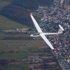 Uwe in seiner LS4-WL #soaring #gliding #glider #ls4 #segelfliegen #segelflugzeug #above #flight #segelflug #high #fliegen #pilotview #sooobock