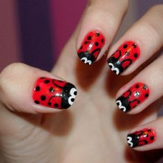 Oh my these are for Jadey Bugs, Ladybug nails! (no link, sorry) Nails Art Red, So Nails, How To Do Nails, Cute Nails, Pretty Nails, Hair And Nails, Ladybug Nail Art, Funky Fingers, Accent Nails