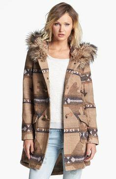 BB Dakota Faux Fur Trim Patterned Anorak Large