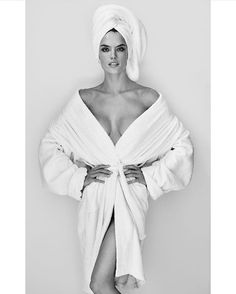 @alessandraambrosio - que estava belíssima no Baile da Vogue! - é a mais nova retratada da #towelseries de @mariotestino. Uau! #regram  via VOGUE BRASIL MAGAZINE OFFICIAL INSTAGRAM - Fashion Campaigns  Haute Couture  Advertising  Editorial Photography  Magazine Cover Designs  Supermodels  Runway Models