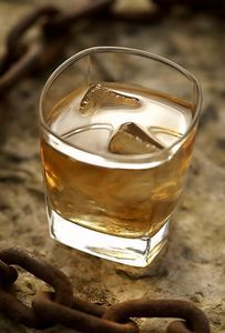Uses of Whiskey for Chest Congestion. Heat the juice from 2 lemons, 1/4 cup of honey and a shot of whiskey on the stove until the compound reaches a slow boil. Then, allow it to cool. This mixture can be taken in a cup of warm tea one tablespoon at a time or sipped straight.