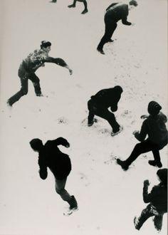 Snow Fight (via Le Container)