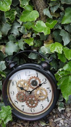 Christmas... Upcycled Steampunk Style Clock.. £20.00, via Etsy.