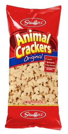 Stauffer's Original Animal Crackers - - A great tasting snack for adults and children that is low fat, and available in 13 fun animal shapes. Imported from the USA. Vegan Snacks, Snack Recipes, Peanut Butter Filled Pretzels, Animal Snacks, Iced Animal Crackers, Vegan Jerky, Biscoff Cookie Butter, Club Crackers, Snack Items