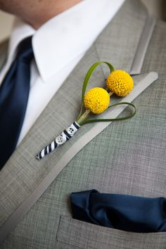 C2C Travels. LOVES this! Something simple like this for the guys. We like the navy/white ribbon. We can help you coordinate your travels for your destination wedding. Ask us! info@c2ctravels.com - 2744.mtravel.com