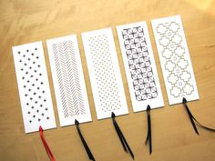 Marque-pages brodés|Embroidered bookmarks - Les Fils Rouges