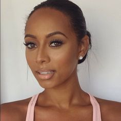keri hilson she looks gorgeous, hair, make up everything