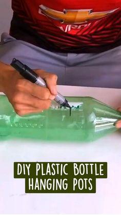 Diy Crafts For Girls, Diy Crafts For Home Decor, Diy Crafts To Do, Diy Crafts Hacks, Diy Arts And Crafts, Diy For Kids, Plastic Bottle Crafts, Plastic Bottles, Cool Diy