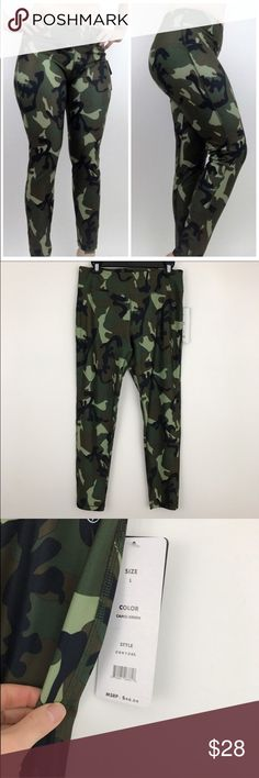 """NWT Camouflage Workout/Yoga Leggings **AVAILABLE FOR A LIMITED TIME ONLY**  Add some pattern and fun to your look with these camo printed leggings. Featuring an elastic waist, logo stamp, top stitch, and tagless design, these leggings are comfortable and casual for a variety of activities.  Size large **model is 5""""6 150 lbs for reference   #camo #camoleggings #sizelarge #rachelboncek Pants Leggings"""