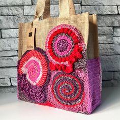 jellina-creations staat voor originaliteit, kleurgebruik en grafische vormen.