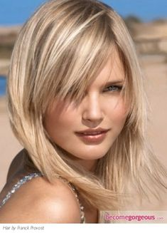 Loving the caramel blonde highlights for an easier-to-maintain, not-OTT blonde look by Franck Provost