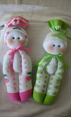 doll+sock+pattern | The child is happy! The group of dolls is filled up:)