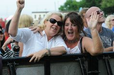 Having a great time at the 10cc and UK Rock Legends Sunday concert as part of the Summer Festival 2014.