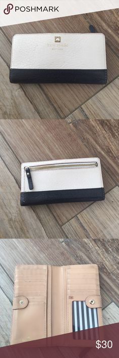 Kate spade southport wallet Leather authentic wallet in good used condition. Lots of card slots kate spade Bags Wallets