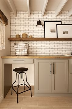 "Fantastic ""laundry room storage diy budget"" info is available on our internet site. Check it out and you wont be sorry you did. Laundry Room Remodel, Basement Laundry, Farmhouse Laundry Room, Laundry Room Organization, Laundry Room Design, Kitchen Remodel, Laundry Tips, Modern Laundry Rooms, Küchen Design"
