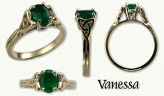 Vanessa: Multi Views in 14kt yellow gold set with and oval emerald