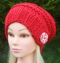 Knitted with very soft wool blend yarn, this hat wont itch at all, complete comfort, style and cheerful button will fit right into your autumn/winter