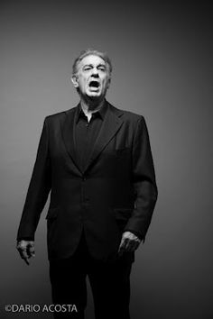 A photo of Plácido Domingo singing. Placido Domingo, Twelfth Night, Open My Eyes, To My Mother, Opera Singers, William Shakespeare, The Voice, Angels, Branding