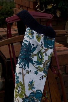 The Crochet Express: 2016 NatCroMo Blog Tour   Featured Designer: Susie Allen   Pattern: Wedgewood Apron   #NatCroMo #blogtour #crochet #crochetdesigner