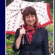 Julie Tamblin - Homestay - Cornwall, UK Cornwall, English Language, Trainers, Style, Fashion, Sneakers, Swag, Moda, Stylus