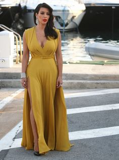 Kim Kardashian in Yellow Elie Saab Dress