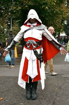 assassins creed cosplayer @ lucca comics and games 2012