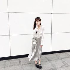 Casual Chic Fashion #Outfit #sarachu_ #Akiwarinda Casual Chic Style, Duster Coat, Jackets, Outfits, Fashion, Down Jackets, Moda, Suits, Fashion Styles