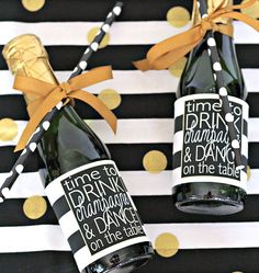 Personalized Mini Bottle Labels – Bachelorette Party Favor – Birthday Party Favor – Custom Mini Champagne Label – Black and Gold Party Favor - Empfang Mini Champagne Bottles, Champagne Label, Mini Bottles, Champagne Brunch, Gold Party, 30th Birthday Ideas For Women, Women Birthday, Gold Wedding Favors, Wedding Invitations