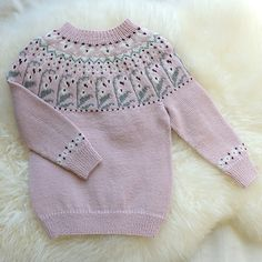 Bluum strikkegenser - Traktorgenseren i Pure Eco Baby Wool - Bluum Eco Baby, Knitting For Kids, Knit Crochet, Pure Products, Pullover, Sweaters, Fair Isles, Fashion, Pink