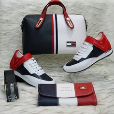 Discover ideas about tommy hilfiger handbags Tommy Hilfiger Handbags, Tommy Hilfiger Shoes, Tommy Hilfiger Women, Mode Dope, Tommy Shoes, Fashion Bags, Fashion Shoes, Shoe Boots, Shoe Bag