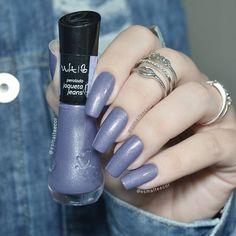"2,985 curtidas, 21 comentários - Gabriela Becker (@esmalteecor) no Instagram: ""Esmalte ""Rouge Fashionista"" da @bourjoisparis ❤ #bourjoisbrasil #bourjoisparis #longnails #solaque"" Nail Trends, Nail Designs, Hair Beauty, Nail Polish, Lipstick, Nail Art, Nails, Stay Tuned, Vanity"